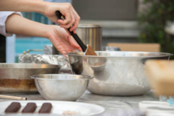 pastry-chefs-chocolates-demonstration-picture-id538328360.jpg